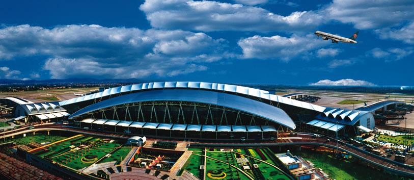 白云机场南停车场,广州塔塔身